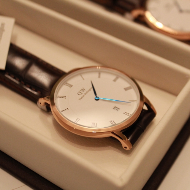 Daniel wellington dapper real and fake (info) - продолжительность: fake and real просмотров.